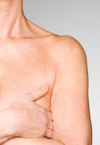 Le corps après un cancer du sein : retrouver sa féminité