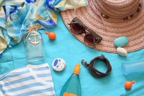 Quels produits de soin emmener en vacances avec soi ?