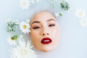 Comment bien hydrater une peau sensible?